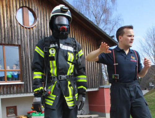 Brandschutzübung mit der Feuerwehr in Welschen Ennest