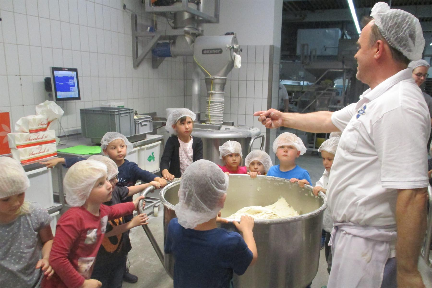 Besuch bei der Bäckerei Schneider